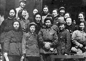 红军长征后留在中央图片